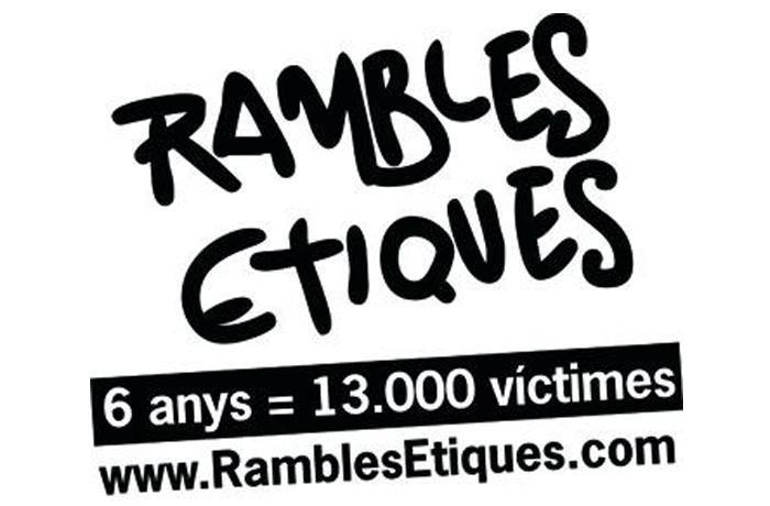 Activistas de Plataforma Ramblas Éticas se encierran en jaulas durante las próximas 36 horas