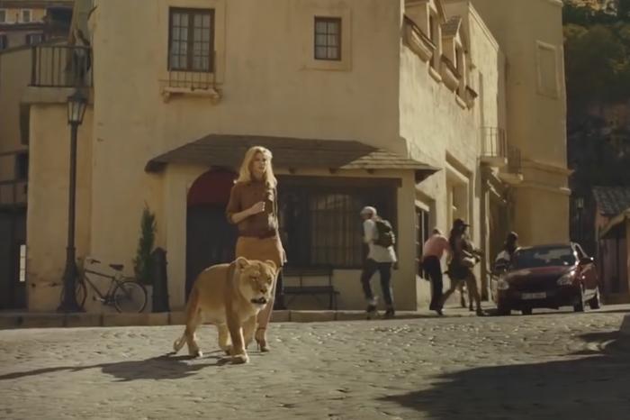 Conseguimos que Unilever España acceda a no utilizar más animales reales en publicidad