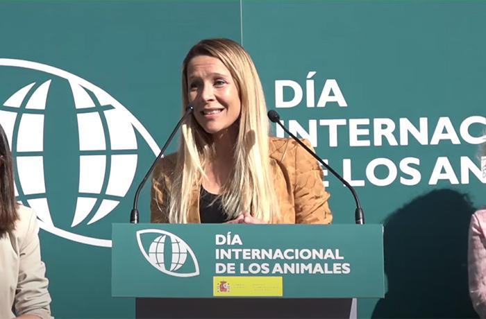 Carla Cornella, Presidenta de FAADA, en la presentación de la nueva Ley de Protección y Derechos de los Animales